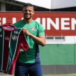 Lucão apresentado no Fluminense: 'Lutei muito para estar aqui'