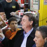 Bolsonaro diz que Brasil vai vencer a crise econômica mundial