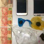 Polícia Militar prende dupla por tráfico de drogas em Neópolis