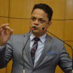 Deputado propõe redução salarial e do duodécimo dos Poderes
